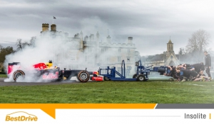 Red Bull Racing : Daniel Ricciardo se mesure au pack du club de rugby de Bath