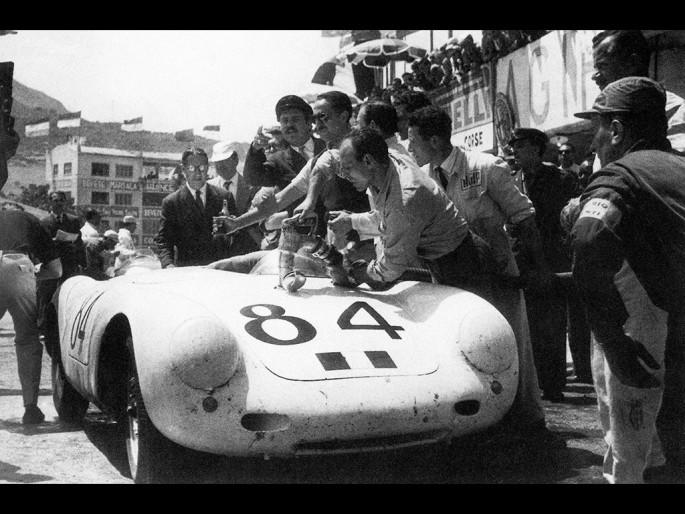 La Porsche 550 Spyder remporte la Targa Florio en 1956